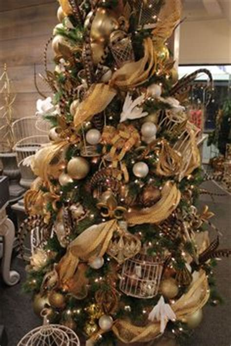 christmas tree turning brown 1000 images about trees decor bronze copper chocolate silver on