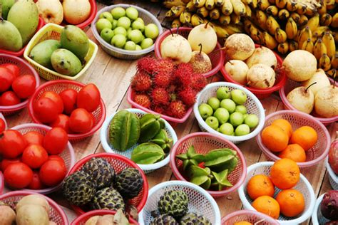 fruit until noon how to detoxify your with fruit 187 food and beverage