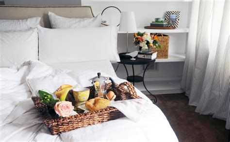 tipping at bed and breakfast tips για τη διακόσμηση της κρεβατοκάμαρας του ζευγαριού