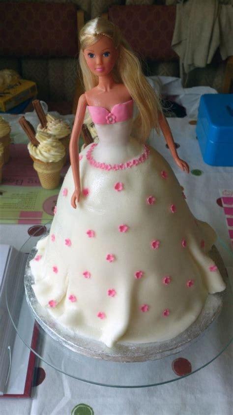 comelnyercupcake barbie doll cakes princess hannah princess doll cake children s birthday cakes cake art