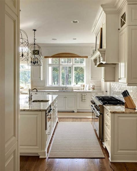 Dove White Kitchen Cabinets White Dove Kitchen Cabinets Traditional Kitchen Sherwin Williams Antique White Carolina