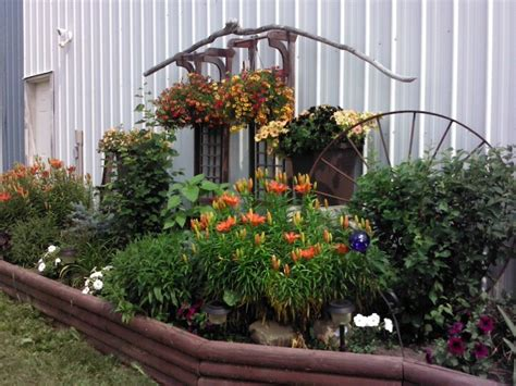 17 Best Images About Flower Beds On Pinterest Gardens Rustic Flower Garden