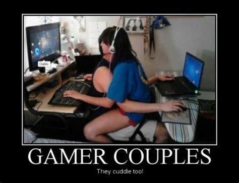 Pc Gamer Meme - gamer couples gaming gamerlife relatable meme games gamers gaming pinterest gamer