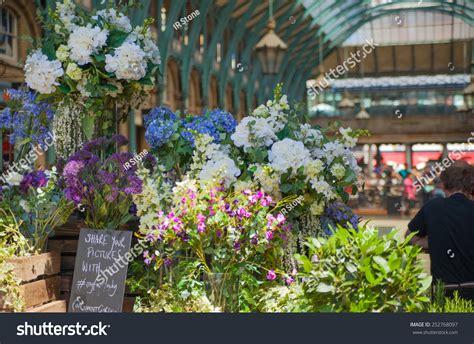 London Uk 22 July 2014 Flower Stock Photo 252768097 Flower Shop Covent Garden