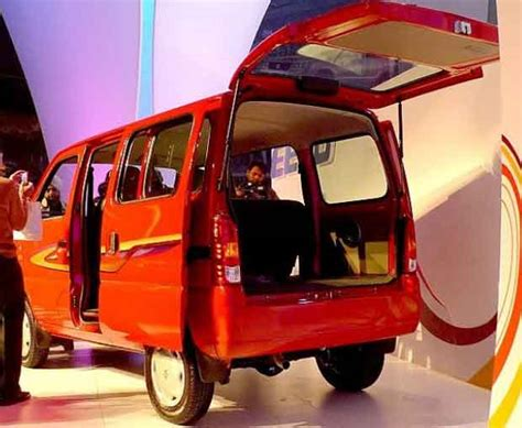 Maruti Omni 5 Seater Interior by Maruti Eeco 7 Seater And 5 Seater Review