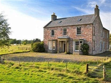 pretty georgian property with panoramic views in scotland