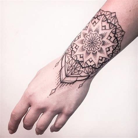 mandala tattoo wrist mandala wrist tattoo best tattoo ideas gallery