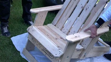 how to make garden chair from palllets - How To Make Chairs