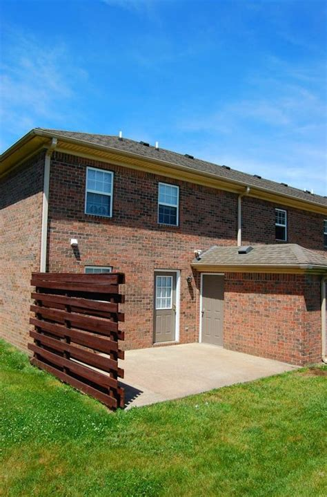 Apartments For Rent In Bowling Green Ky Area Riverwood Townhomes Bowling Green Ky Apartment Finder