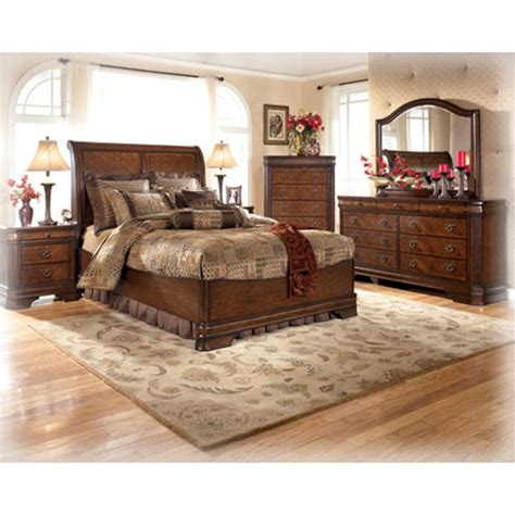 hamlyn bedroom set b527 31 ashley furniture hamlyn bedroom dresser