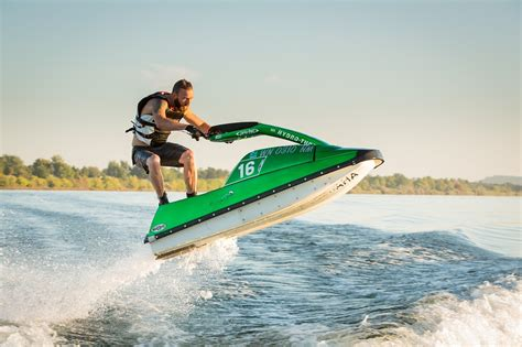 water scooter sport jetski fahren action page