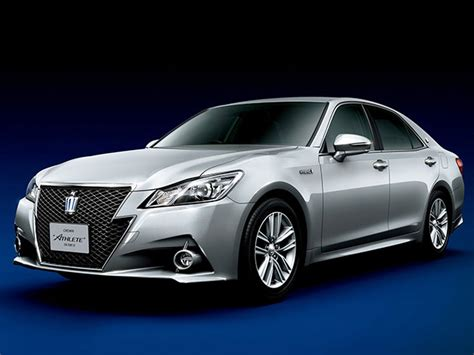 Toyota Crown Price In Japan Toyota Launches Redesigned Crown Flagship In Japan