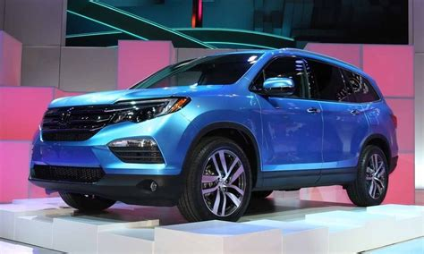 suv honda 2016 all 2016 honda pilot suv is modern but anonymous