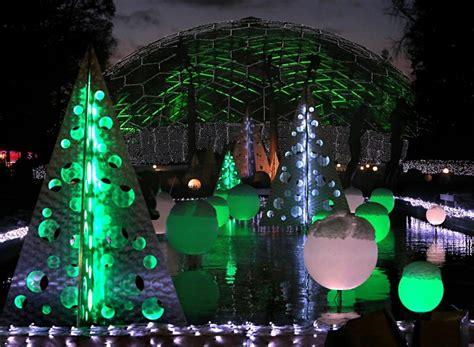 botanical gardens st louis lights go for the glow missouri botanical garden repeats