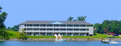 smith mountain lake premier boat rentals westlake waterfront inn smith mountain lake waterfront hotel