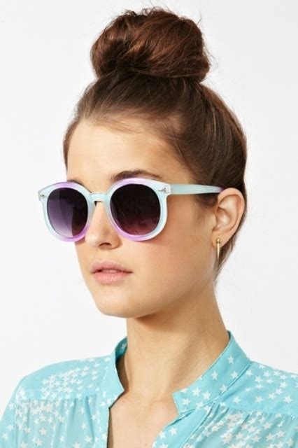 10 Fashionable Sunglasses For This Summer by Picture Of Awesome Ombre Effect Sunglasses For This Summer 10