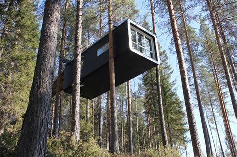 Sofa Bed Large 7 Spectacular Treehouses To Stay In This Summer The Spaces