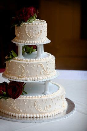 Colgans Wedding Cake And More by Traditional Wedding Cake Without Tier Separators Wedding