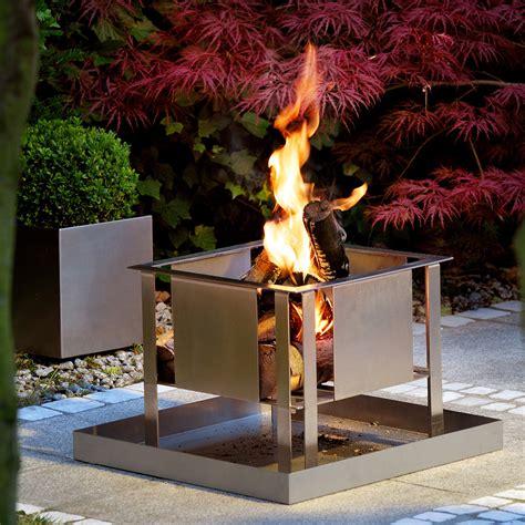 feuerstelle terrasse garten feuerstelle mit grilleinsatz