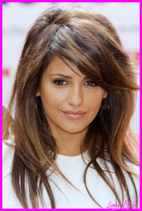 hairstyles with swoop bangs haircut with long layers and side swept bangs livesstar