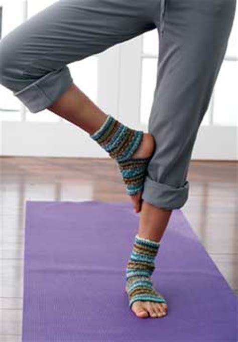 diy toeless socks socks knitting pattern favecrafts