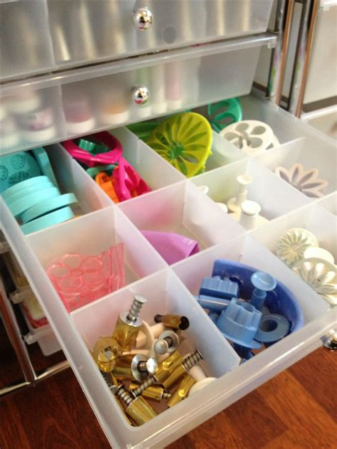 Cake Decorations Store by 25 Best Ideas About Baking Storage On Baking