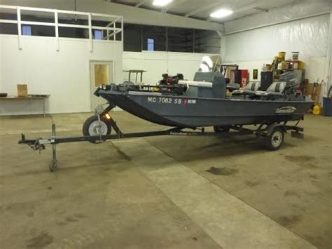 tunnel hull fishing boat for sale 2002 landau mv1670 16 tunnel hull river boat for sale