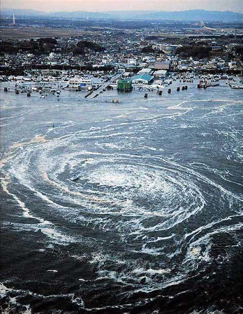 imagenes del tsunami japon impresionantes fotos de japon tsunami terremoto 8 9