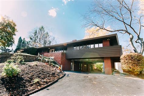 Mid Century Modern Homes For Sale Memphis Mid Century Modern In The Heart Of Rosslyn Farms Community