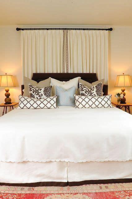 how to decorate bedroom windows 25 best ideas about how to decorate bedroom on pinterest