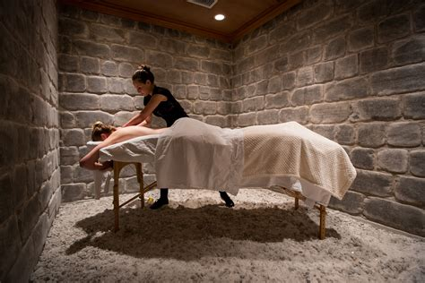 registered massage therapy london  salt therapy