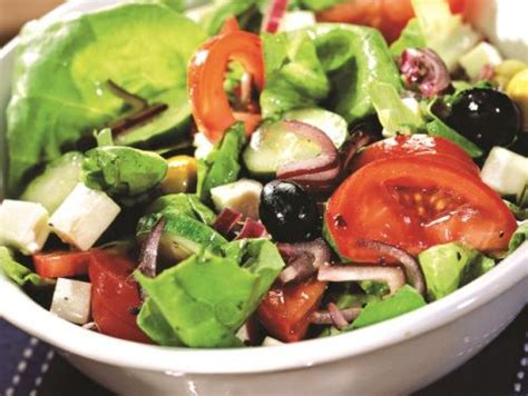 yemek tarifi karides salatasi resimli 28 resimli salata tarifi