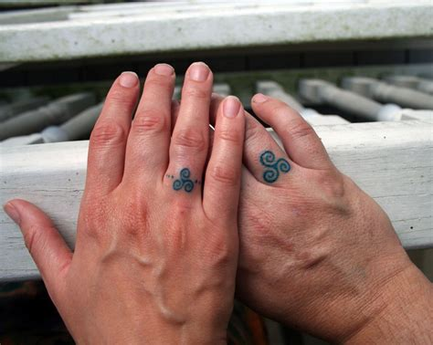 couple wedding ring tattoos 18 of the best wedding ring tattoos for couples wow amazing