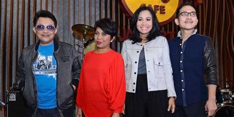 Cd Elfa Secioria Elfa S Singer From Indonesia With Original elfa s singer rilis album perdana kenapa pembuatannya lama kapanlagi