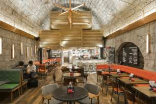 Reclaimed Wood Chandelier Gourmet Burger Kitchen Bath Uk Fusion Dna Restaurant