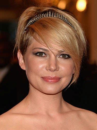 model rambut  wajah bulat wanita  gaya rambut