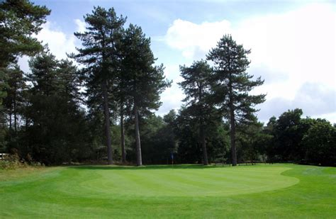 moors valley golf course dorset book a golf break or