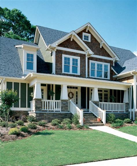 4 bedroom house plans with front porch love craftsman 2 338 sq ft master bedroom and
