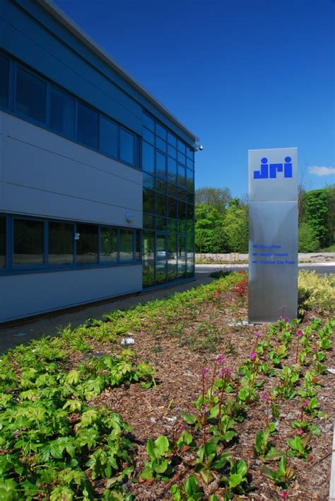jct design and build contract sum joint replacement instrumentation limited sheffield hp