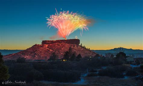 castle rock lights castle rock 2016 lighting fireworks 04 scenic