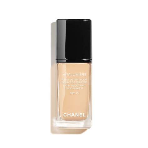 Chanel Vitalumiere Satin Smoothing Fluid chanel vitalumiere satin smoothing creme makeup 45