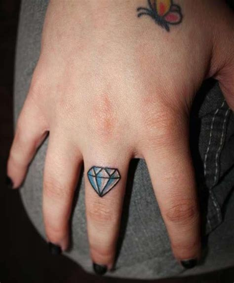 diamond tattoo on hand gang diamond tattoo i really want one of these on my left hand