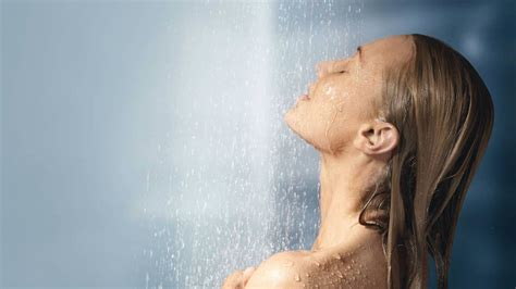 How Often To Shower In Winter by Prepare Your Skin For The Cold Defactosalons Defactosalons