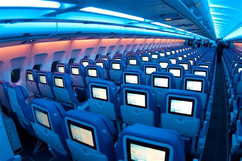 best seats to choose on a plane how to choose the best airplane seats