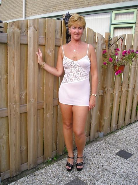 pinterest wives undressed pin by har on milf cougar mature pinterest short