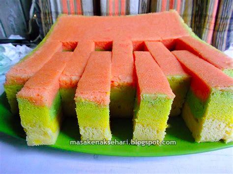 resep kue bolu kukus pelangi lembut