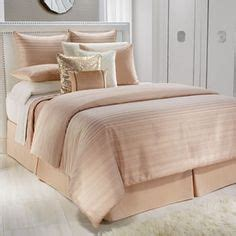 vince camuto rose gold comforter made with a blend of luxury silk and cotton materials to