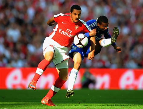 arsenal fa cup theo walcott photos photos arsenal v chelsea fa cup
