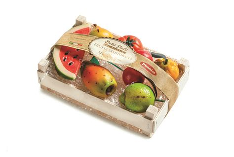 cassetta di frutta cassetta di frutta martorana pennisi la dolceria siciliana