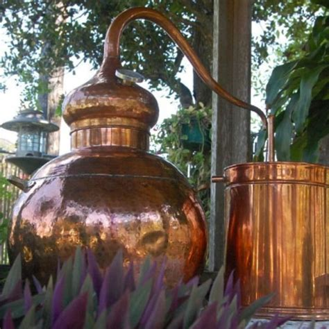 Handmade Copper Whiskey Still   5 Gallon   ApolloBox